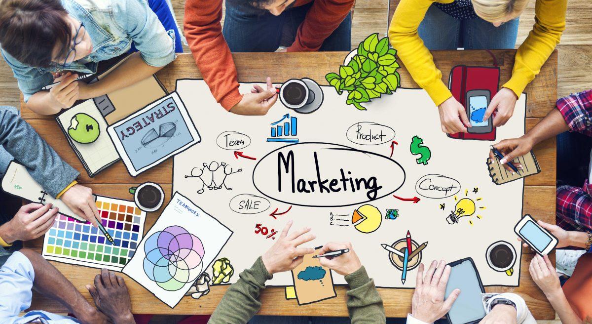 bauran pemasaran bisnis